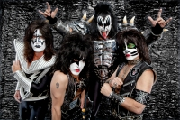 KISS3-PC-Brian-Lowe-copyright-KISS-Catalog-Ltd